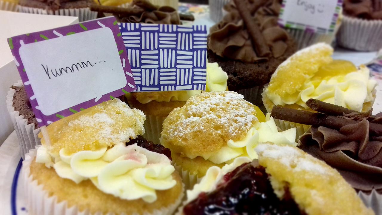 macmillian cupcakes